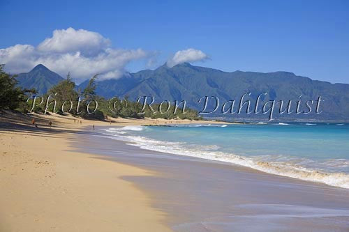 Baldwin Beach on the north coast, West Maui mountains in distance, Maui Picture - Hawaiipictures.com