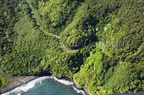 Aerial view of the road to Hana, Maui, Hawaii - Hawaiipictures.com