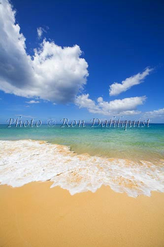 Pristine Big Beach, (Oneloa) Makena, Maui, Hawaii - Hawaiipictures.com