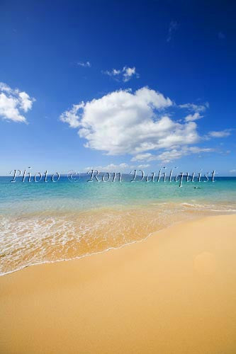 Beautiful Oneloa Beach, also known as Big Beach, Makena, Maui, Hawaii Picture - Hawaiipictures.com