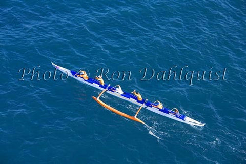 Outrigger canoe race from Molokai to Oahu. Sept. 2007