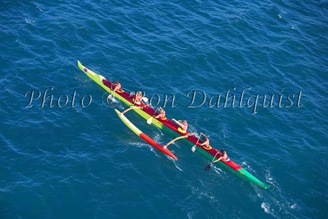 Outrigger canoe race from Molokai to Oahu. Sept. 2007 Picture