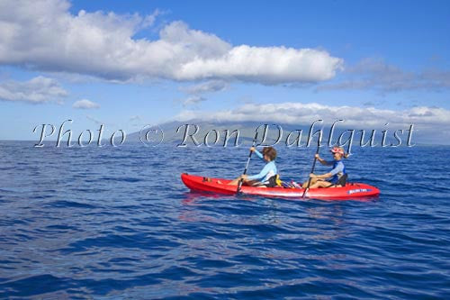 Kayaking off the south shore of Maui, Hawaii Stock Photo