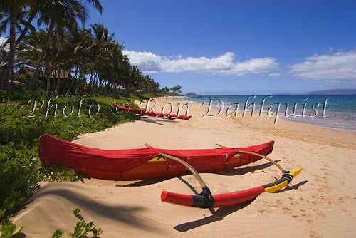 Keawakapu Beach with Hawaiian canoe in foreground, Kihei Wailea area, Maui