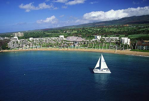 Sailboat and Kaanapali Resort, Maui, Hawaii - Hawaiipictures.com