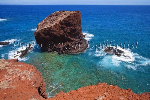 Puu Pehe rock (Sweetheart Rock), Lanai, Hawaii