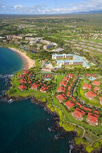 Aerial of Wailea resorts and coastline, Maui, Hawaii - Hawaiipictures.com