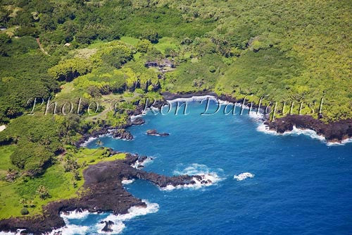 Aerial of Black Sand beach and Waianapanapa State Park, Hana, Maui, Hawaii - Hawaiipictures.com
