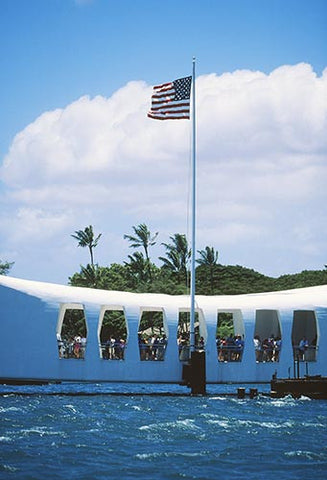 Arizona Memorial, Pearl Harbor, Oahu, Hawaii - Hawaiipictures.com