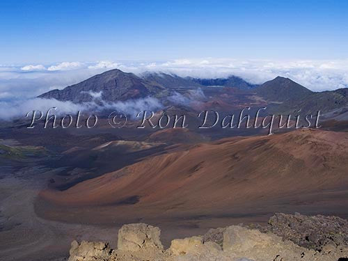 View of Haleakala Crater, Maui, Hawaii - Hawaiipictures.com