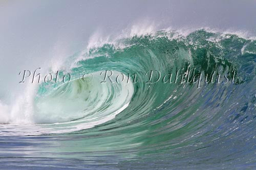 Close-up of wave breaking on the north shore of Oahu, Hawaii Photo Stock Photo