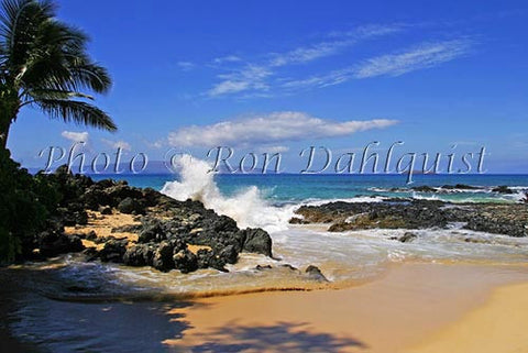Secret Beach, Makena, Maui, Hawaii - Hawaiipictures.com