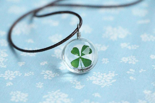 """FOUR LEAF CLOVER"" GLASS BALL NECKLACE"
