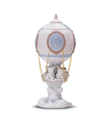 Lladro Through the Clouds - china-cabinet.com
