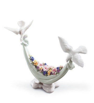Lladro Petals of Peace - china-cabinet.com