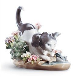 LLADRO Kitty Confrontation - china-cabinet.com