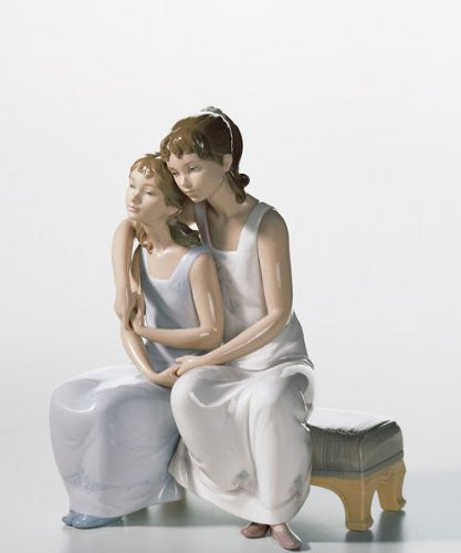 Lladro My Sister, My Friend - china-cabinet.com