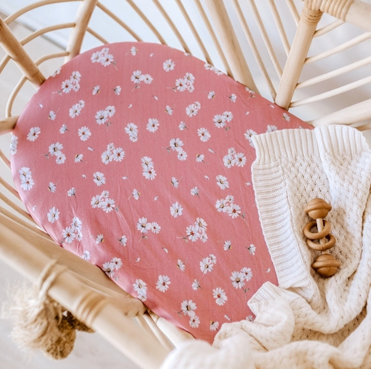 SNUGGLE HUNNY -Daisy | Bassinet Sheet / Change Pad Cover
