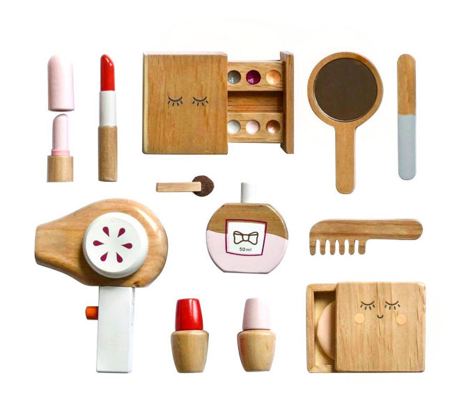 Make Me Iconic / Wooden Beauty Kit