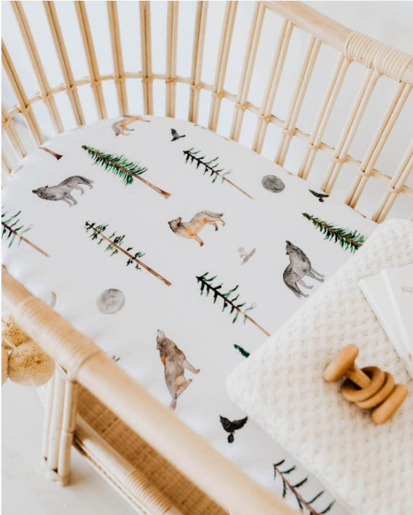 Snuggle Hunny Alpha | Bassinet Sheet