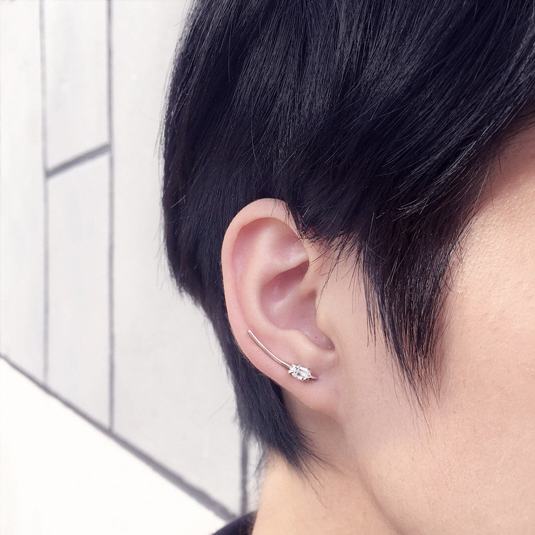 HERKIMER DIAMOND Single ear climber