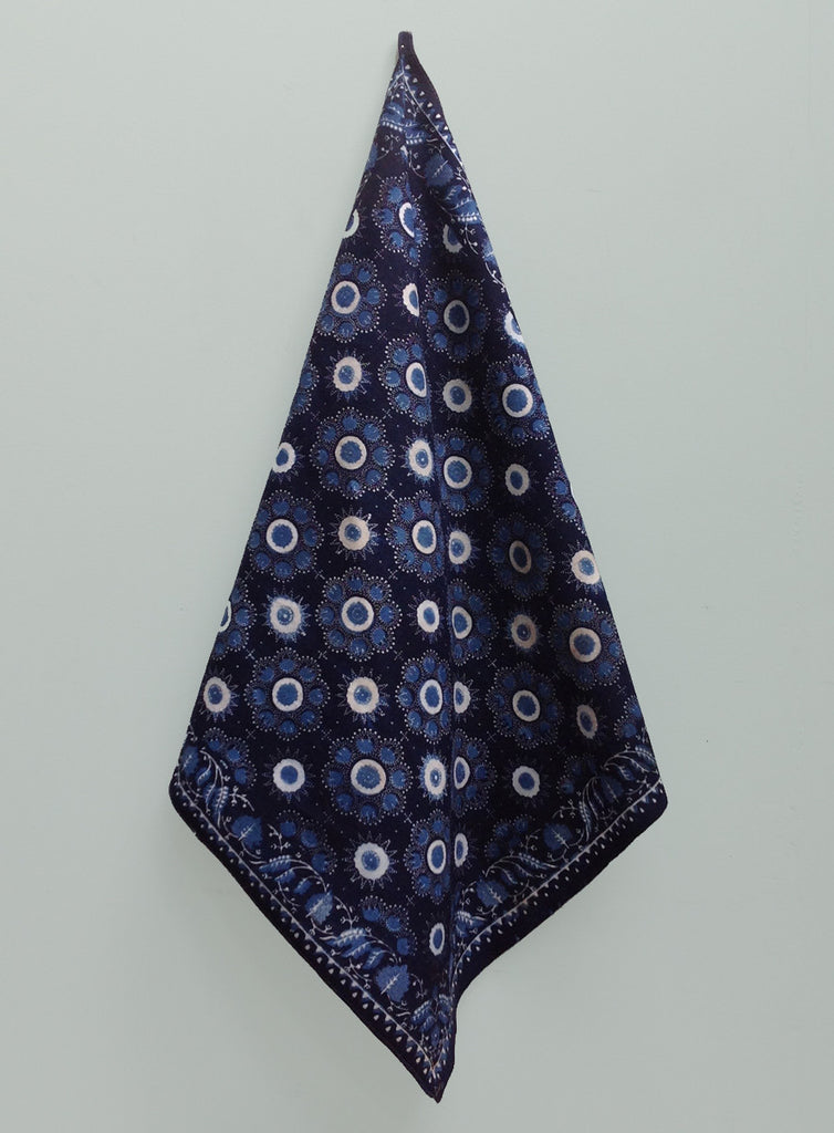Indigo batik 1900s Dutch cloth