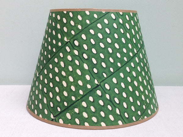 "12"" Elf Leg Green Closed Seed lampshade"