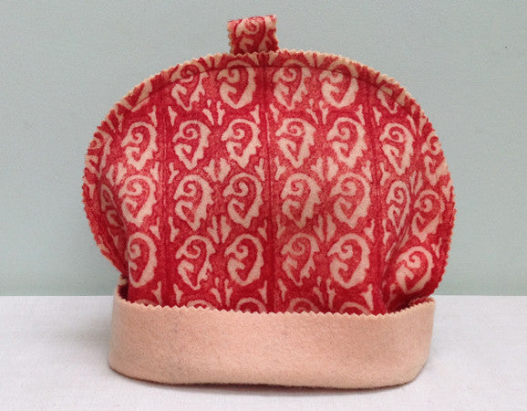 Solid chute boiled wool tea cosy
