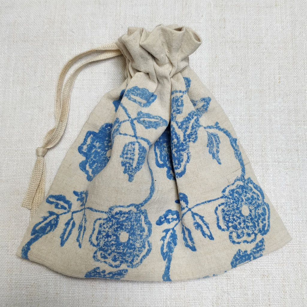 Rambling rose printed Dorothy bag