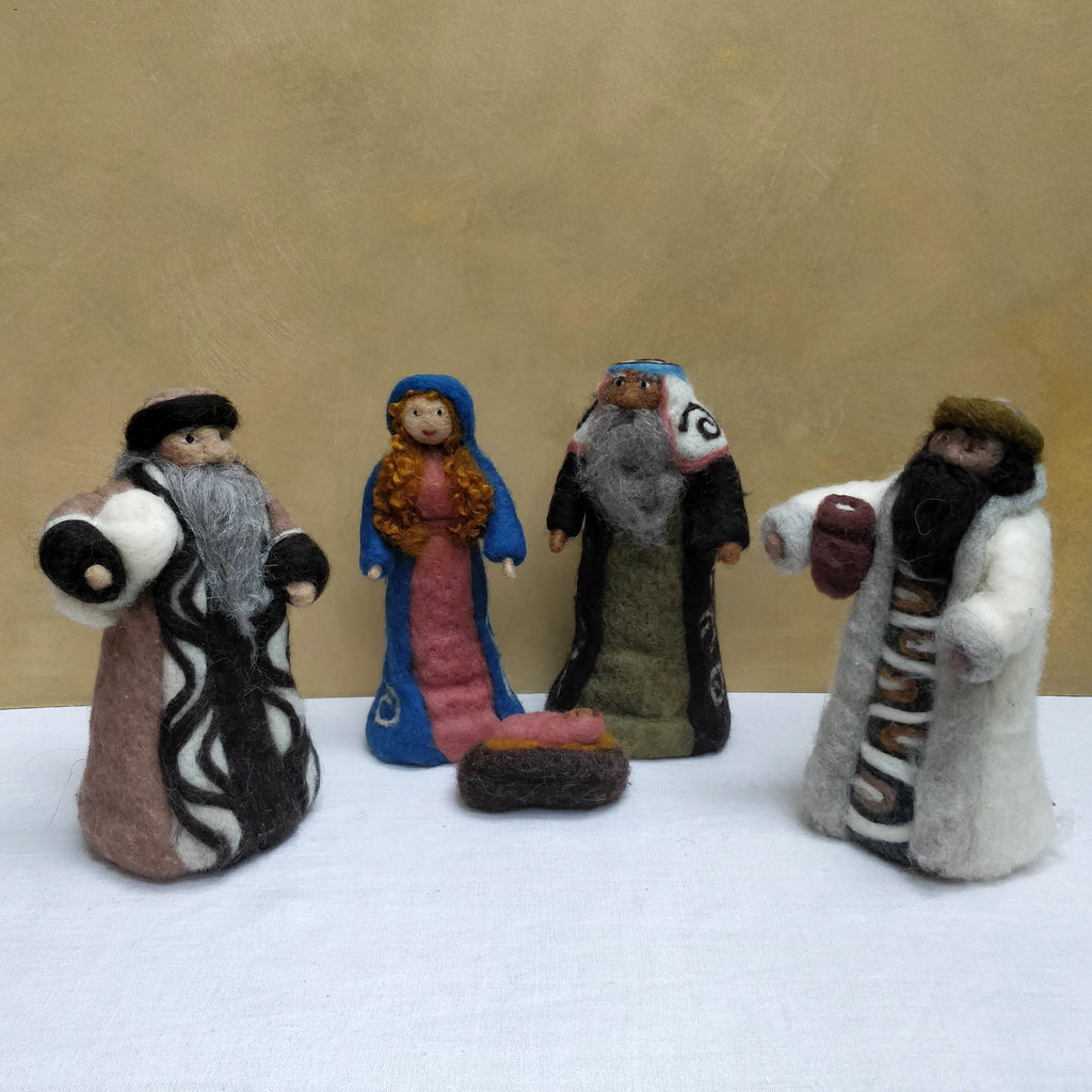 Mary, Joseph & Jesus with 2 Shepherds