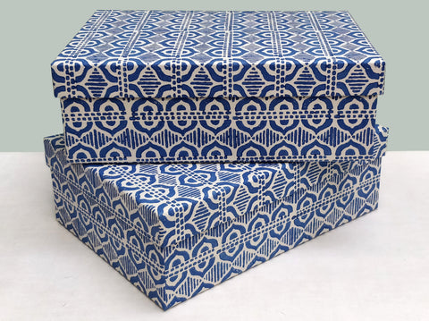 A4 Less China blue box