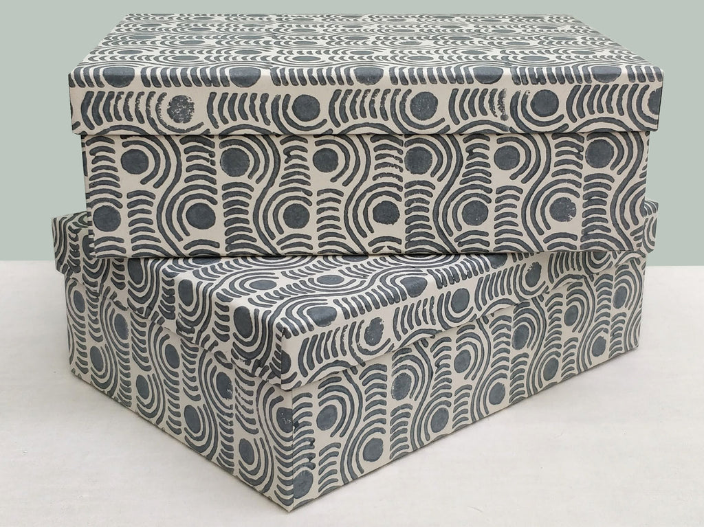 A4 Madras spot, grey 2 box