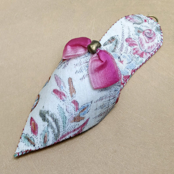 Pink paisley turkish slipper