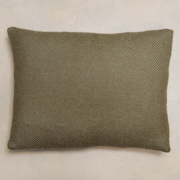 Regency cushion