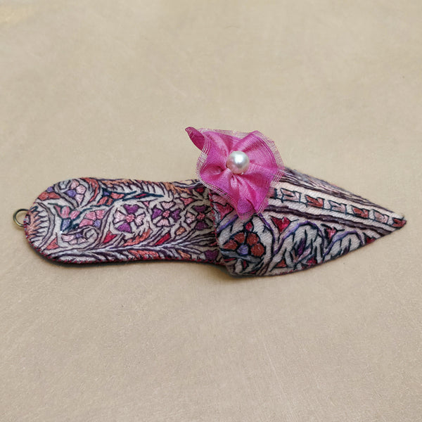 Embroidered paisley turkish slipper