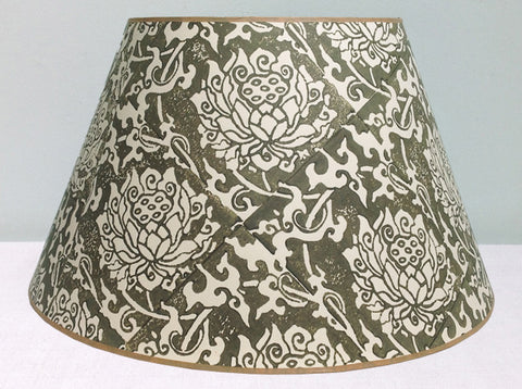 "23"" Green flower lampshade"