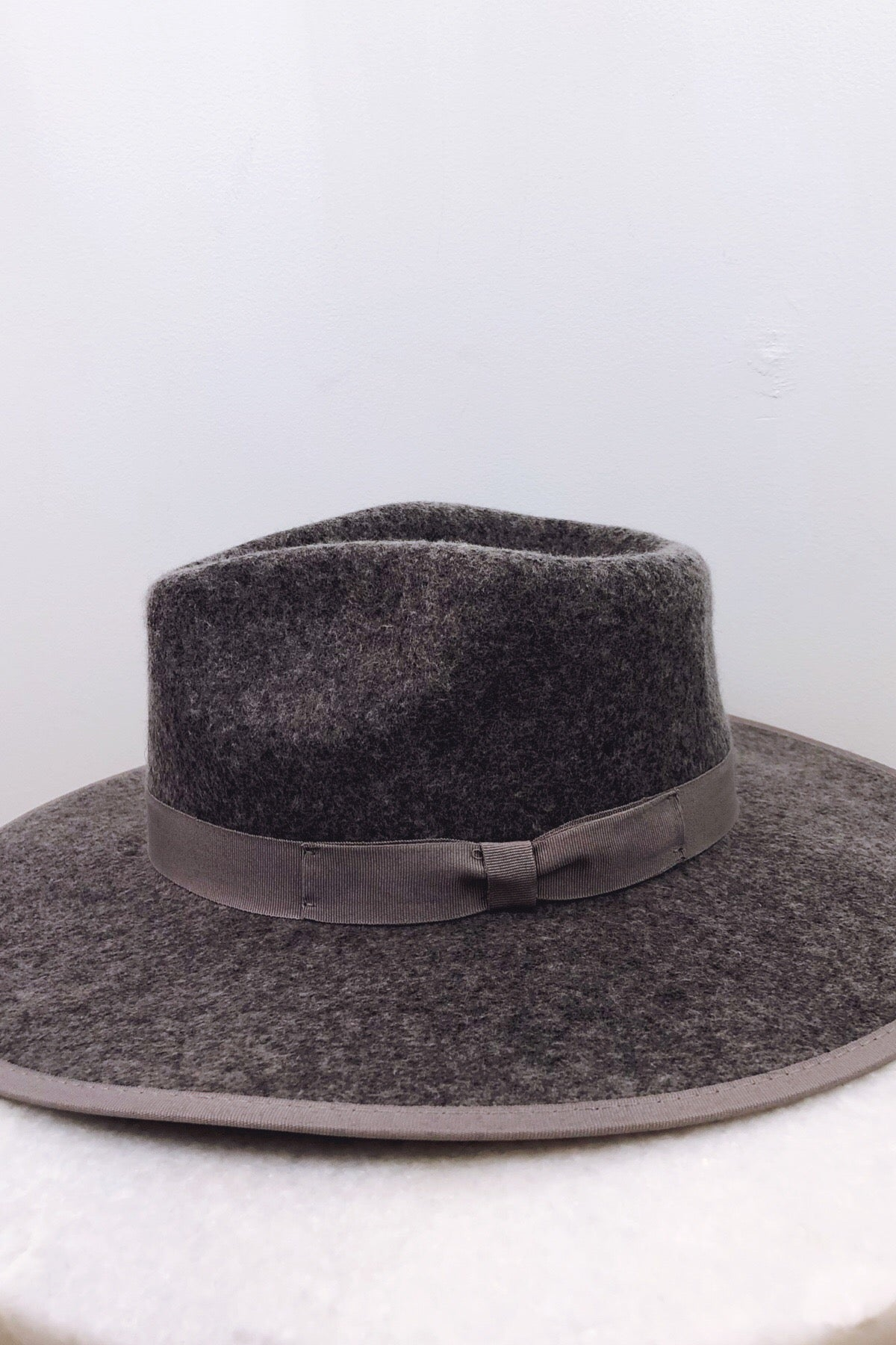 Barry Stiff Brim Wool Panama Hat - More  colors | Olive & Pique