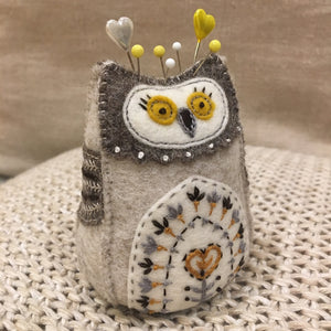 Saturday Crafternoon: Mini Olive the Owl Pincushion