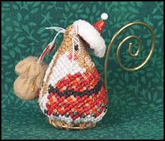 Gingerbread Mouse with Linen