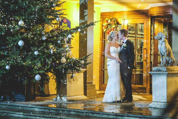 Zara & Philip - Winter Wedding