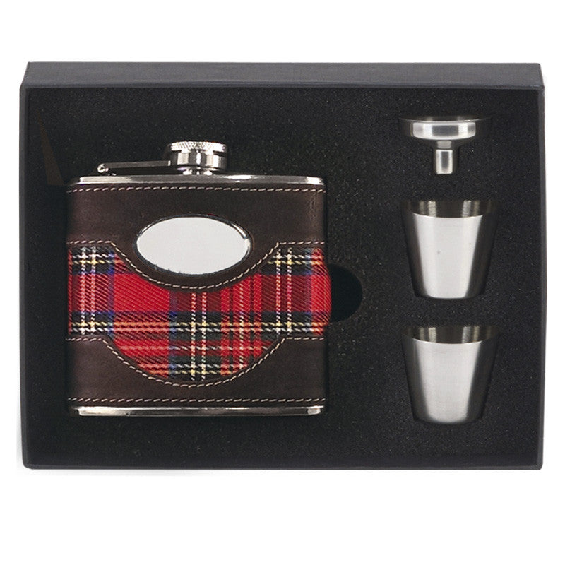 Tartan Hip Flask in Presentation Box - Bracknell Engraving & Trophy Services