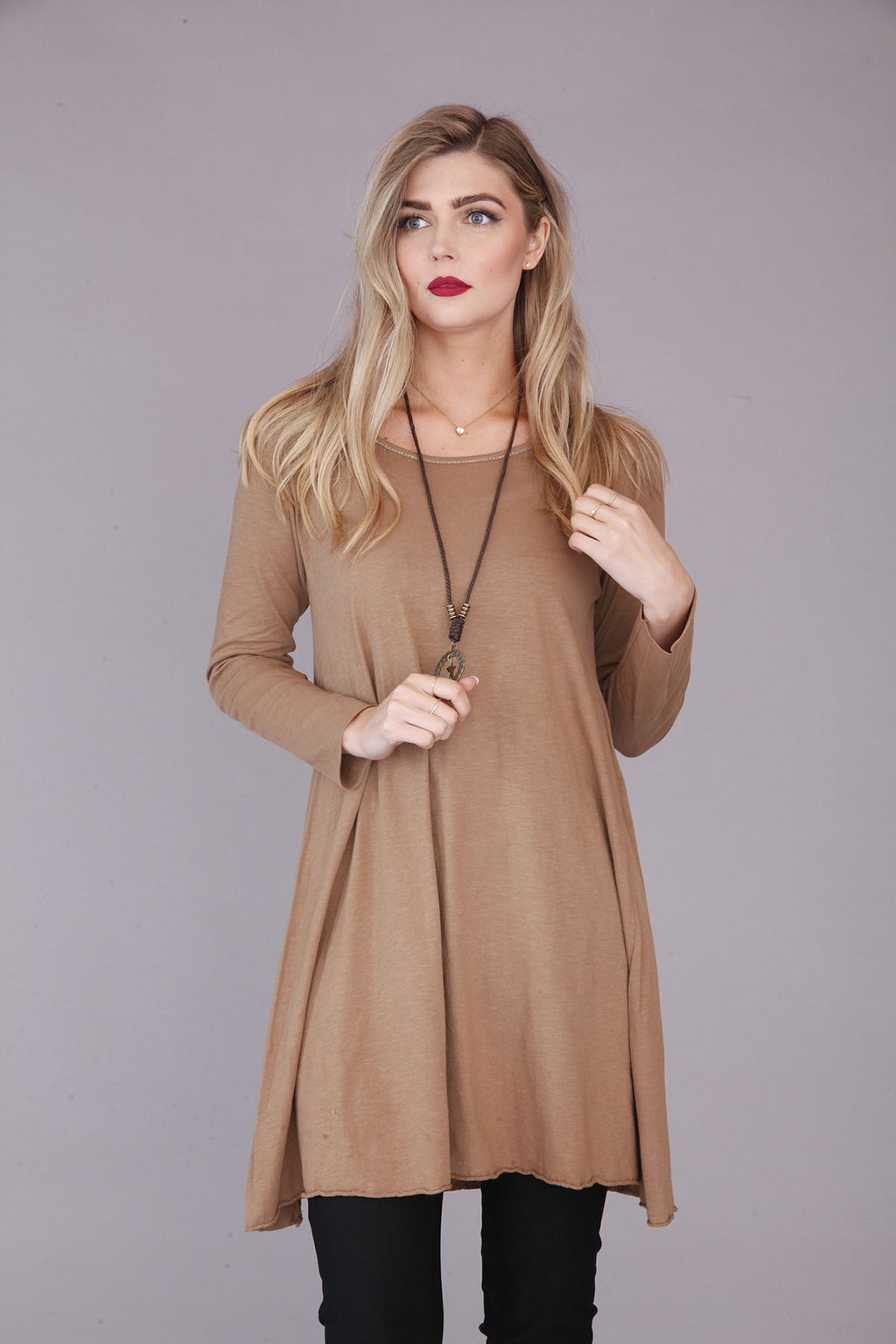 "Coffee Short Dress with Necklace"" - Goose Island"