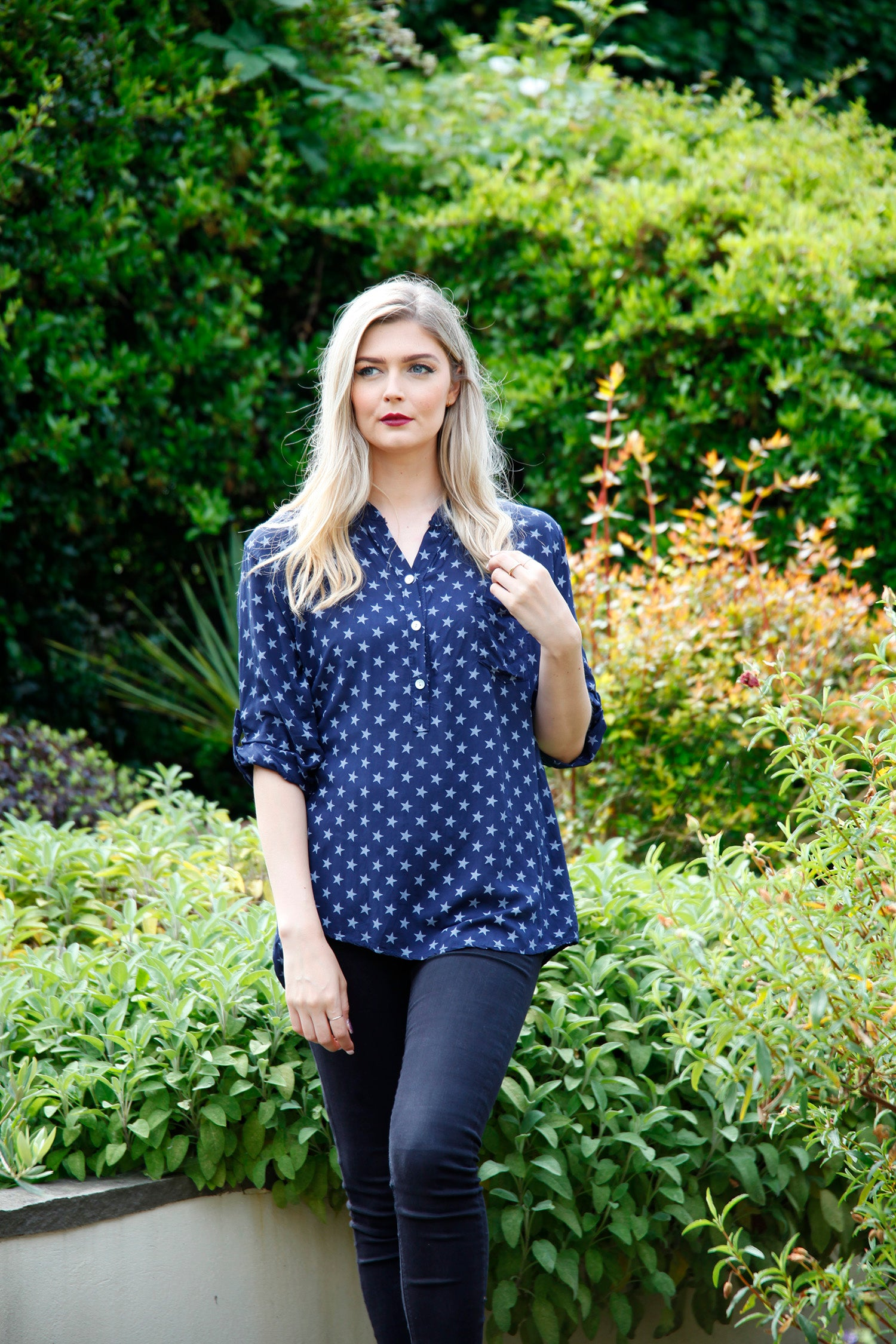 goose island navy blouse with star print
