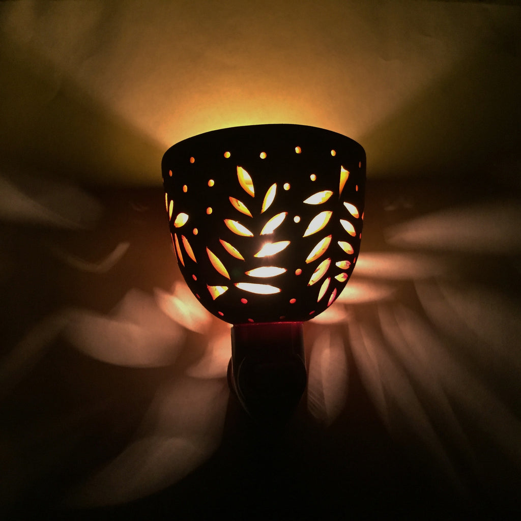 round nightlight orange/coral fern w dots
