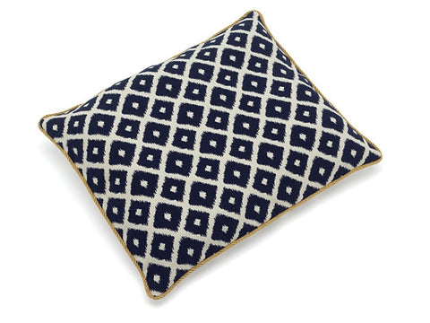 Up Country Pet Beds: Ikat