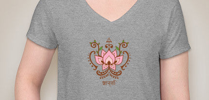 Lotus Flower Mehndi (Henna) Design V-neck Gray T-shirt
