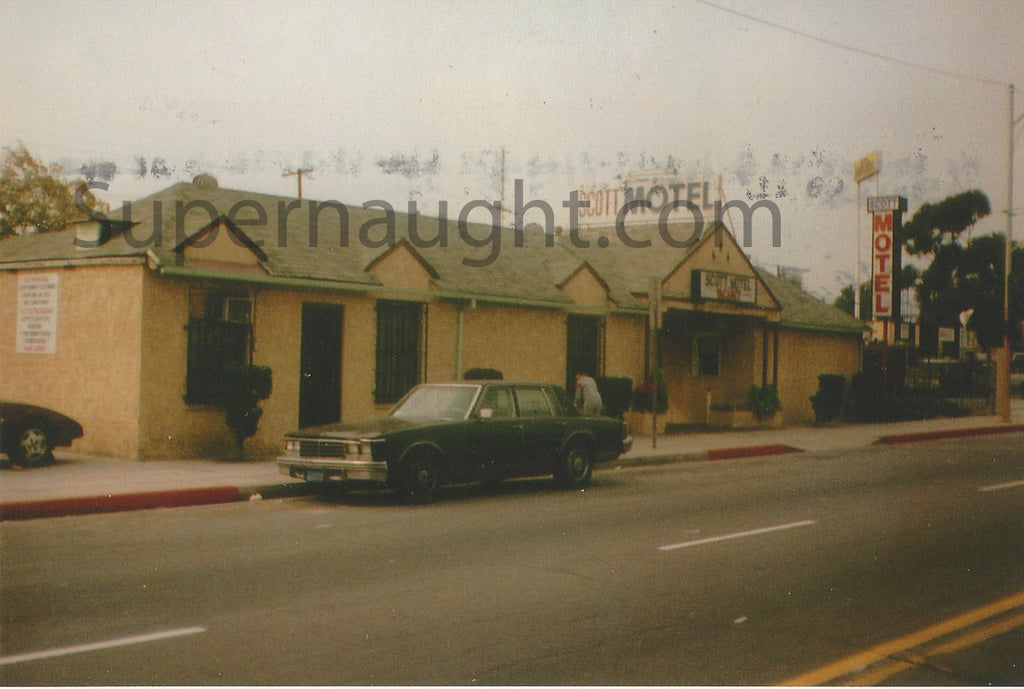 Lawrence Bittaker Signed Scott Motel Photo - Supernaught True Crime Collectibles - 1