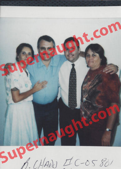 Billy Chadd 1998 Prison Photo with Family Signed - Supernaught True Crime Collectibles
