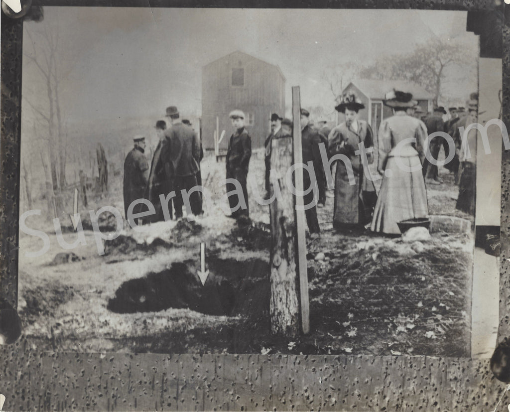 Belle Gunness 1908 Burning of Her Home Photo