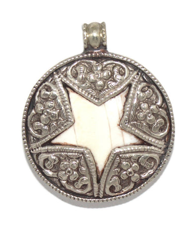 Star Conch Shell Pendant - Yaslai - 1
